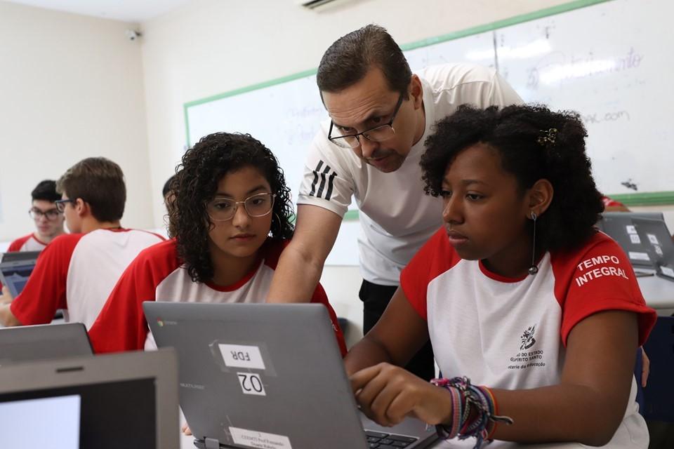 Sedu Digital amplia uso da tecnologia nas escolas da Rede 1